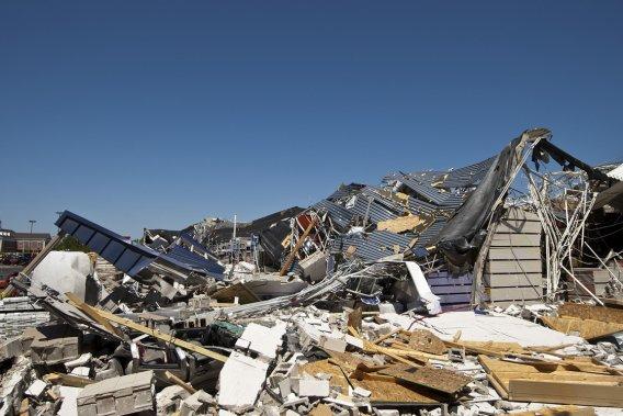 La Caroline du Nord a été frappée de plein fouet dans la journée de samedi. Il s'agirait, selon les autorités, de la pire tempête dans cet état depuis 1984. (Photo: Reuters)