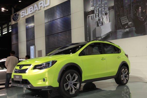 Une Subaru VX.