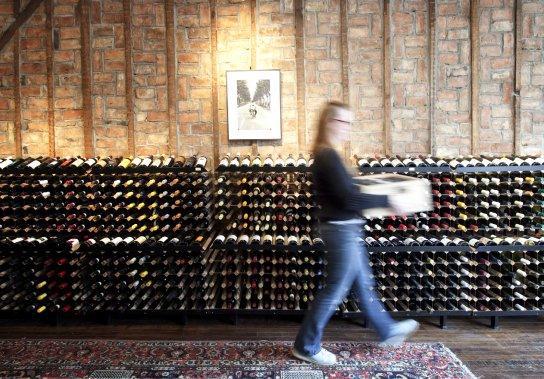 Bonne bouteille chez Hudson Wine Merchants à Hudson. (Marco Campanozzi, La Presse)