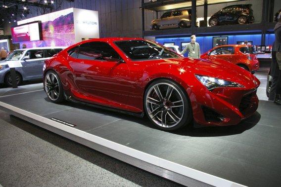 La troisième génération du prototype de coupé sport de Toyota était au salon de New York. Mais cette fois, sous la marque Scion.