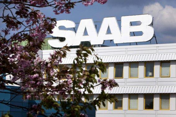 À la suite de l'annonce d'un partenariat avec deux entreprises chinoises, Saab espère redémarrer la production de son usine suédoise, suspendue depuis le début du mois.