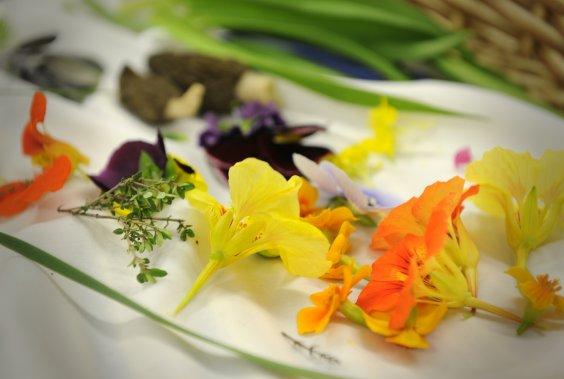 Un cuisinier au jardin marie christine blais cuisine for Au jardin singapore menu