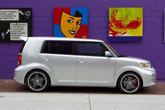 Scion est la marque qui réussit à attirer le plus de jeunes conducteurs américains.