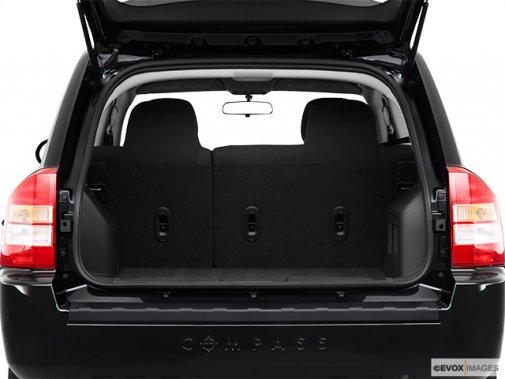 jeep compass 2010 avoir le compass dans l 39 oeil jeep. Black Bedroom Furniture Sets. Home Design Ideas