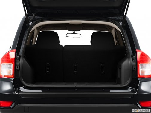 jeep compass 2011 face au patriot un peu de compassion s v p jeep. Black Bedroom Furniture Sets. Home Design Ideas