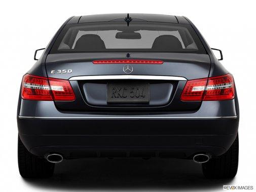 Mercedes-Benz - Classe-E 2011: Le soleil brille pour tout le monde - Coupé 2 portes 3,5 L à traction arrière - Arrière (Evox)