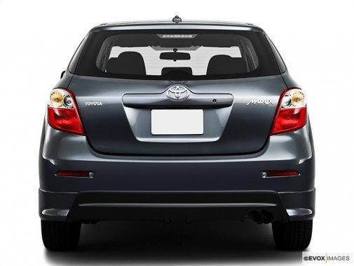 Toyota matrix 2010 une voiture deux images toyota - Voiture avec porte coulissante arriere ...