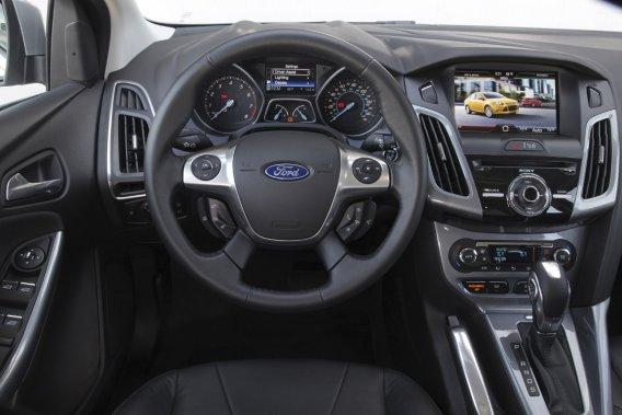 Quand Ford a refait le design de la Focus, ses ingénieurs ont testé une  centaine de matériaux pour voir s'ils étaient allergènes au toucher pour  certaines personnes sensibles.