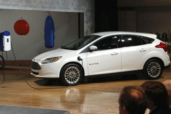 Les finalistes sont une américaine, la Ford Focus Electric (notre photo), une  allemande, la Volkswagen Passat TDI, et trois japonaises, la Honda Civic  Natural Gas, la Mitsubishi i et la Toyota Prius V.
