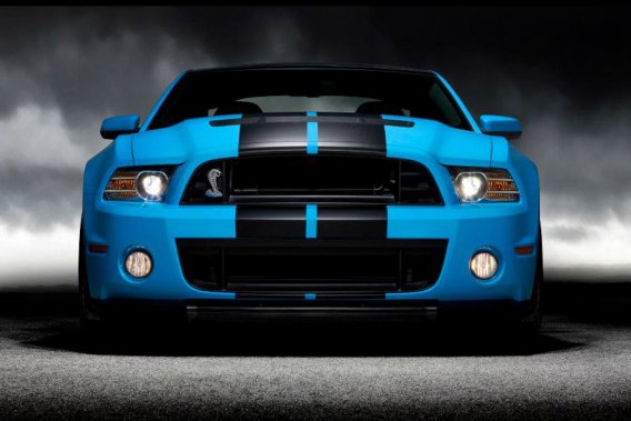 La Ford Mustang Shelby GT500 2013.
