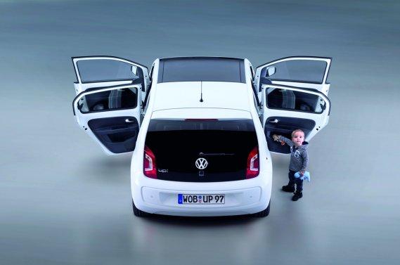 La Volkswagen Up! à cinq portes.