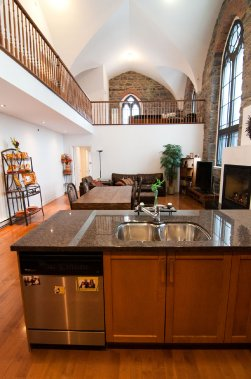 son et lumi re dans un ancien monast re val rie v zina collaboration sp ciale maisons de luxe. Black Bedroom Furniture Sets. Home Design Ideas