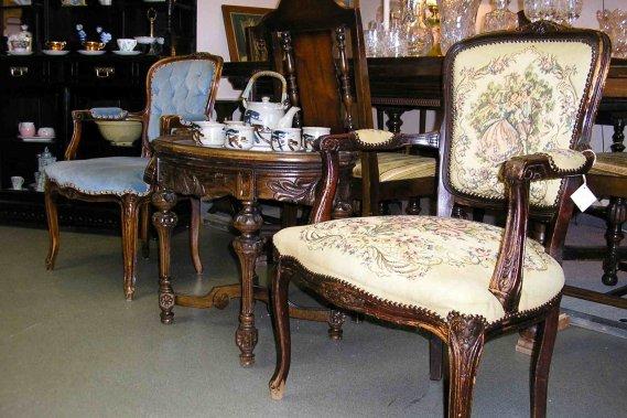 Des antiquit s de choix et plus encore sophie richard for Le pere du meuble montreal