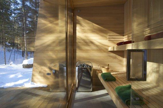 un chalet spa lucie lavigne maisons. Black Bedroom Furniture Sets. Home Design Ideas