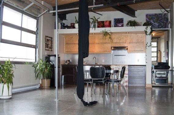 Un loft dans le mile ex val rie v zina collaboration sp ciale maisons de - Plan de garage avec loft ...