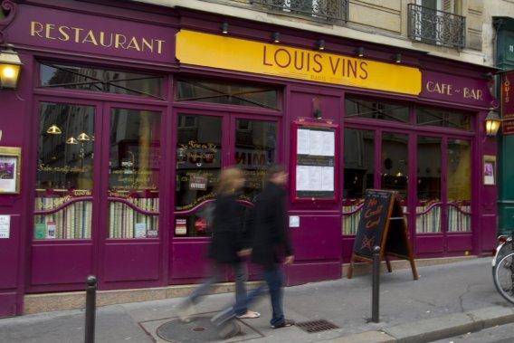 Visite du restaurant Louis Vins, propriété du sympathique Fifi, dans le 5e arrondissement. (François Roy, La Presse)