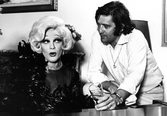 Jean Guilda et le réalisateur Denis Héroux sur le tournage du film Y'a toujours moyen de moyenner! (Photo: archives La Presse)