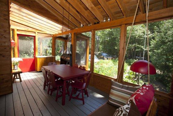 R ussir son chalet encore une fois marie france l ger immobilier - Salle a manger pour veranda ...