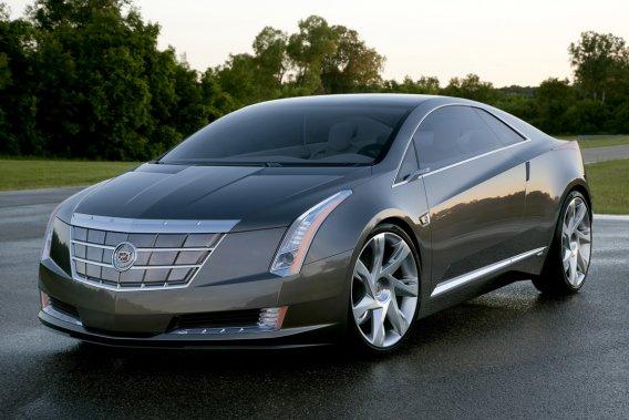 Cadillac produira sous peu un coupé hybride, l'ELR, basé sur ce récent prototype.