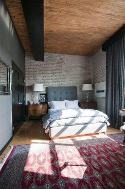 l 39 appartement d 39 un italien dans la petite italie val rie. Black Bedroom Furniture Sets. Home Design Ideas