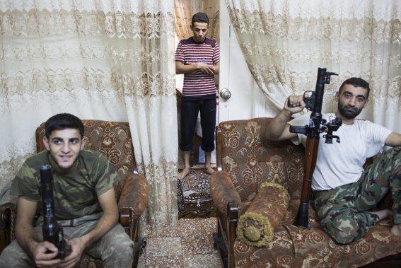 Ville d'Alep, en Syrie. Des soldats de l'armée syrienne libre. (Photo Édouard Plante-Fréchette, La Presse)