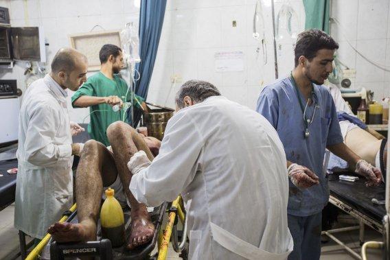 Le quotidien de l'hôpital Dar Al Saïfa situé dans une des zones les plus dangereuses de la ville. (PHOTO ÉDOUARD PLANTE-FRÉCHETTE, LA PRESSE)