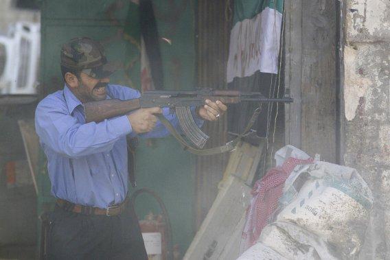 De violents combats ont éclat, hier, dans plusieurs quartiers d'Alep. (PHOTO ÉDOUARD PLANTE-FRÉCHETTE, LA PRESSE)