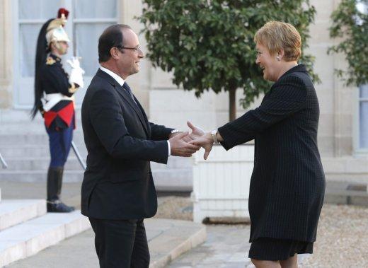 Pauline Marois et le président français François Hollande. (AP)
