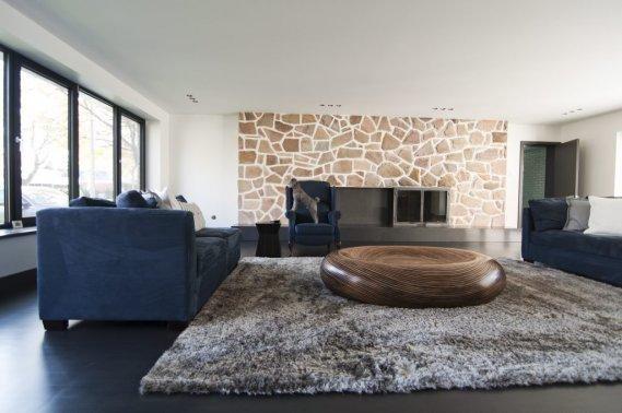 les ann es 60 revisit es avec faste val rie v zina collaboration sp ciale maisons de luxe. Black Bedroom Furniture Sets. Home Design Ideas