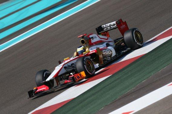 Le pilote de réserve chinois Ma Qing Hua, au volant de la HRT lors des essais libres du Grand Prix d'Abou Dhabi, le 2 novembre sur le circuit de Yas Marina.
