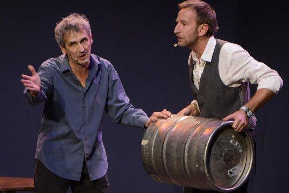 Bruno Coppens et son complice de la soirée, Pierre Poucet. (Photo: Bernard Brault, La Presse)
