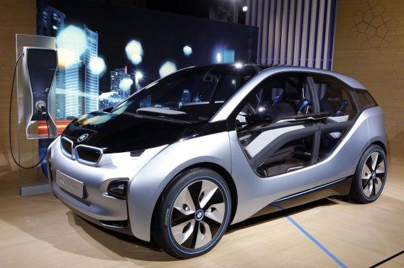 La petite BMW i3 sera positionnée entre les actuelles Nissan Leaf et Chevrolet Volt. Elle coûtera environ 40 000$.