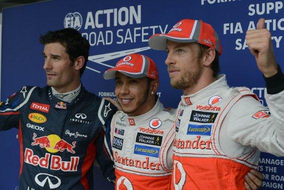 Lewis Hamilton (au centre) fera le saut chez Mercedes, tandis que Mark Webber (à gauche) et Jenson Button (à droite) resteront fidèles à leur équipe, respectivement Red Bull et McLaren.