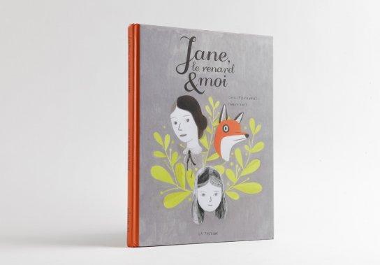 «Jane, le renard et moi». Un coup de cœur de la rentrée littéraire. Cette bande dessinée sur la méchanceté entre filles saura toucher ceux qui se sont sentis un jour seuls, moches ou à part des autres. C'est-à-dire à peu près tout le monde... Comment Jane Eyre et l'amitié redonnent des couleurs à la vie. Un sujet sensible destiné aux grands, mais qu'on peut faire lire sans crainte.  À... ()