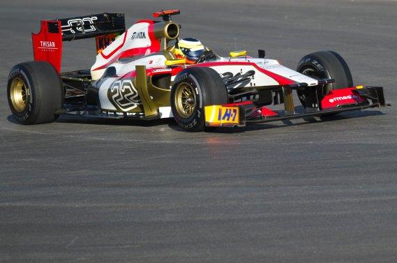 Pedro de la Rosa, au volant de sa monoplace HRT, qui risque de ne pas revenir l'an prochain en Formule 1.
