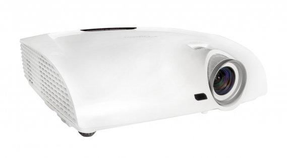 Moins cher, aussi bon. Voilà un projecteur pleine HD pouvant également projeter des films en 3D. Le HD33 d'Optoma est aussi plus abordable que plusieurs de ses rivaux, tout en offrant une bonne luminosité à 1800 ANSI. Cela dit, il est peut-être un tantinet bruyant, à 30 dB, un détail qu'on lui pardonnera vu son prix. Optoma HD33, 1500$, www.optoma.com ()