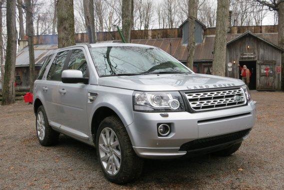 Land Rover a choisi le Sucrerie de la Montagne, à Rigaud, comme point de ralliement pour la présentation de son nouveau LR2.