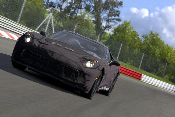 <em>Gran Turismo 5</em> renferme le prototype de la future Corvette C7, recouvert d'une bâche dissimulant les détails.