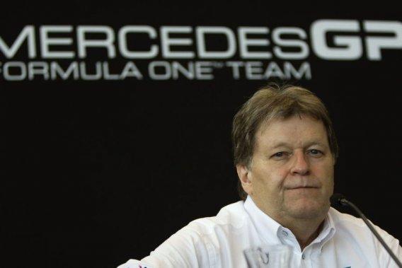 Le patron de Mercedes Motorsports, Norbert Haug, va laisser son poste à la fin 2012 après 22 ans le loyaux services.
