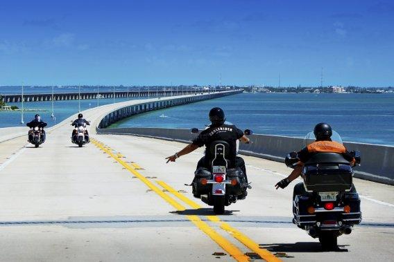 <em>Cruiser </em>en Harley, c'est l'ultime ego trip qui donne le goût de crier liberté.