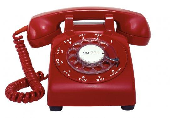 Les cinq affaires plates : Les systèmes téléphoniques robotisés. «Je veux parler à un humain,?&$#@!» ()