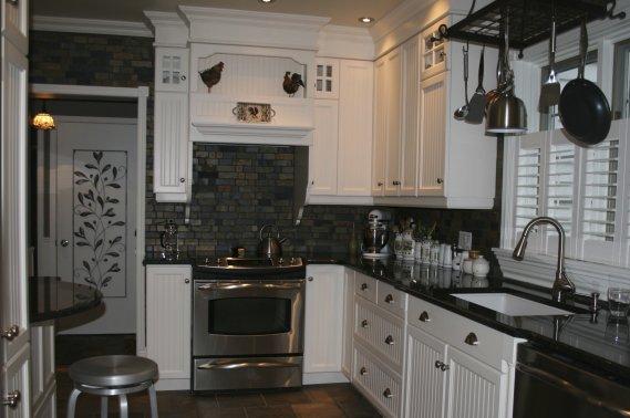 Charme authentique d 39 une maison ancienne lisane for Cuisine de charme ancienne