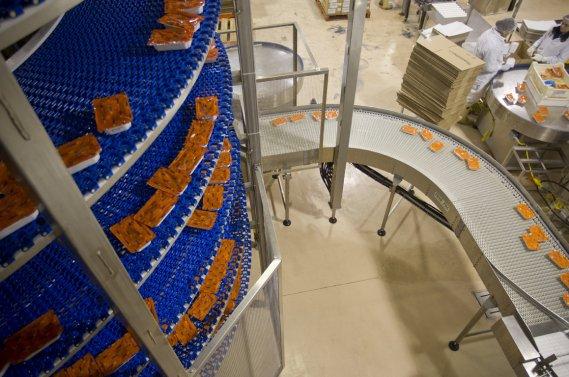 Passage dans la spire de congélation. (Photo Ivanoh Demers, La Presse)