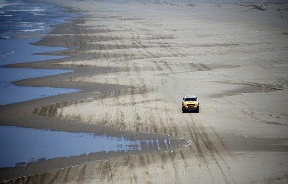 Nani Roma a remporté la 5e étape du rallye-raid Dakar-2013, 509 km entre Arequipa, au Pérou, et Arica.