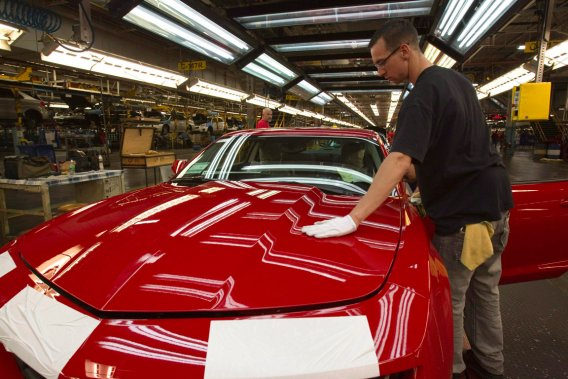 La production de la Camaro déménagera d'Oshawa à une usine du Michigan en 2015.