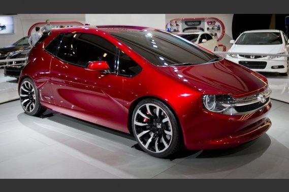 L'étude de style Gear, présentée par Honda en primeur mondiale à Montréal.