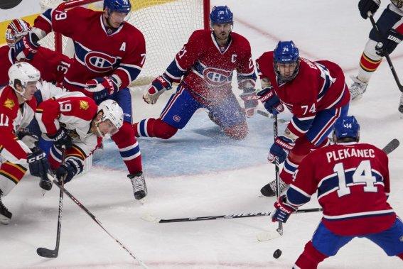 Les joueurs du Canadien sont bien décidés à ne pas concéder un deuxième but aux Panthers. (PHOTO EDOUARD PLANTE-FRÉCHETTE, LA PRESSE)