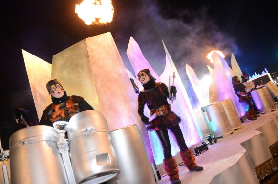Le premier défilé de nuit, celui de la Basse-Ville, le 9 février (Le Soleil, Patrice Laroche)