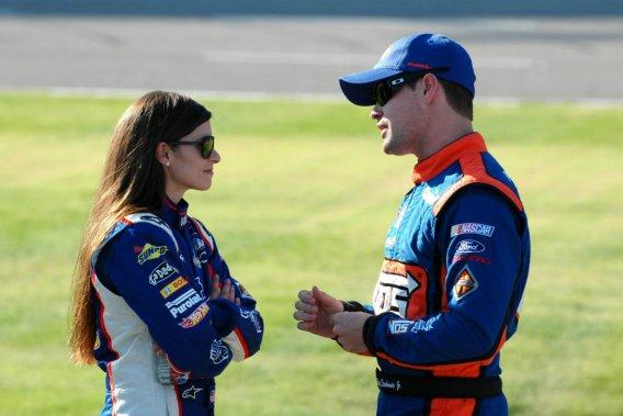 Danica Patrick et Ricky Stenhouse Jr.