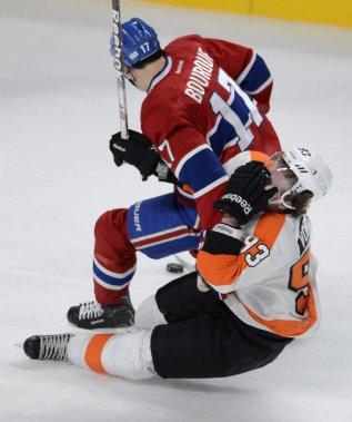 Rene Bourque atteint Jacub Voracek au visage. (Photo Bernard Brault, La Presse)